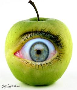 Eye of the Apple