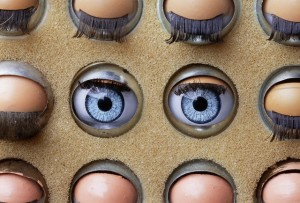 doll's eyes watching